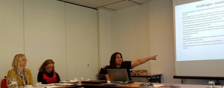 Karima Rhanem giving a presentation on non state funding to CSOs in Morocco - Zagreb, Croatia